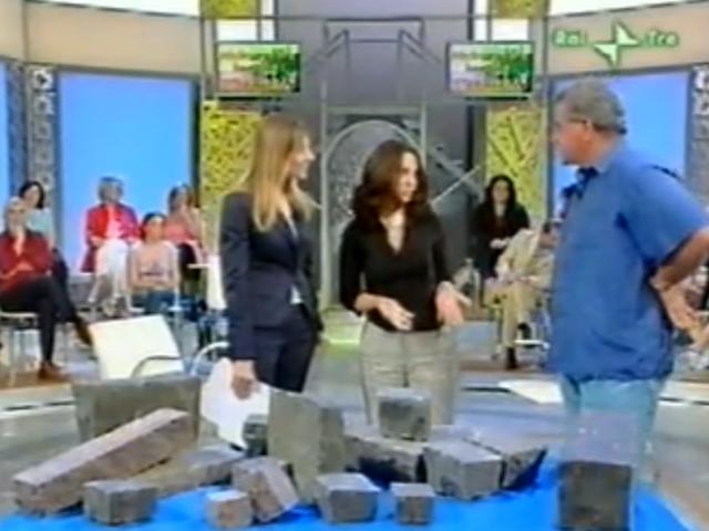 """Intervista su Rai 3 """"Cominciamo bene l'estate"""" / 2006"""